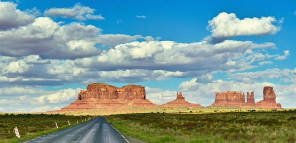 DAY 5: (TUESDAY) MONUMENT VALLEY