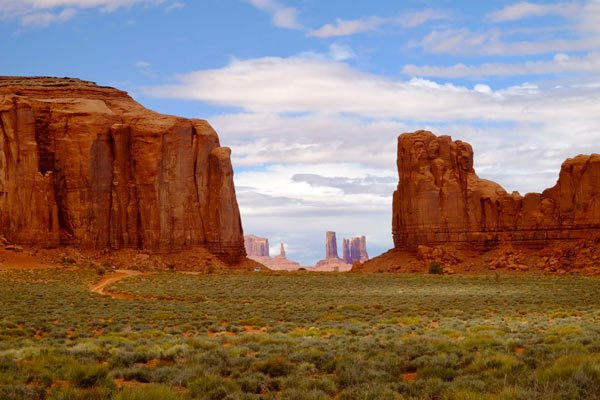 DAY 3: MONUMENT VALLEY • LA SAL MOUNTAINS • MOAB